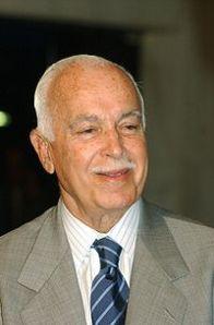 Antônio Carlos Magalhães, o Toninho Malvadeza. Político cheio de artimanhas e encrencas.
