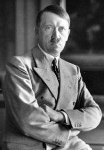 Muitos estudiosos acreditam que Hitler foi o Anti-Cristo e sua história bem que nos leva a isto.