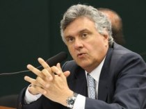 Vive para defender as elites e ferrar o Brasil. Perpétua nele!