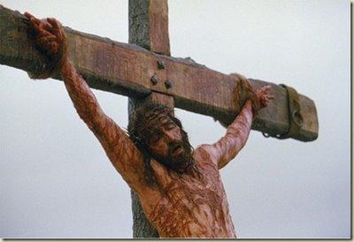 Questões mesquinhas, religiosas e políticas, levaram-no para a Cruz. Era necessário para sua progressão celestial. Ele não se deixou crucificar para redimir nossos pecados. Isto é uma grande balela.