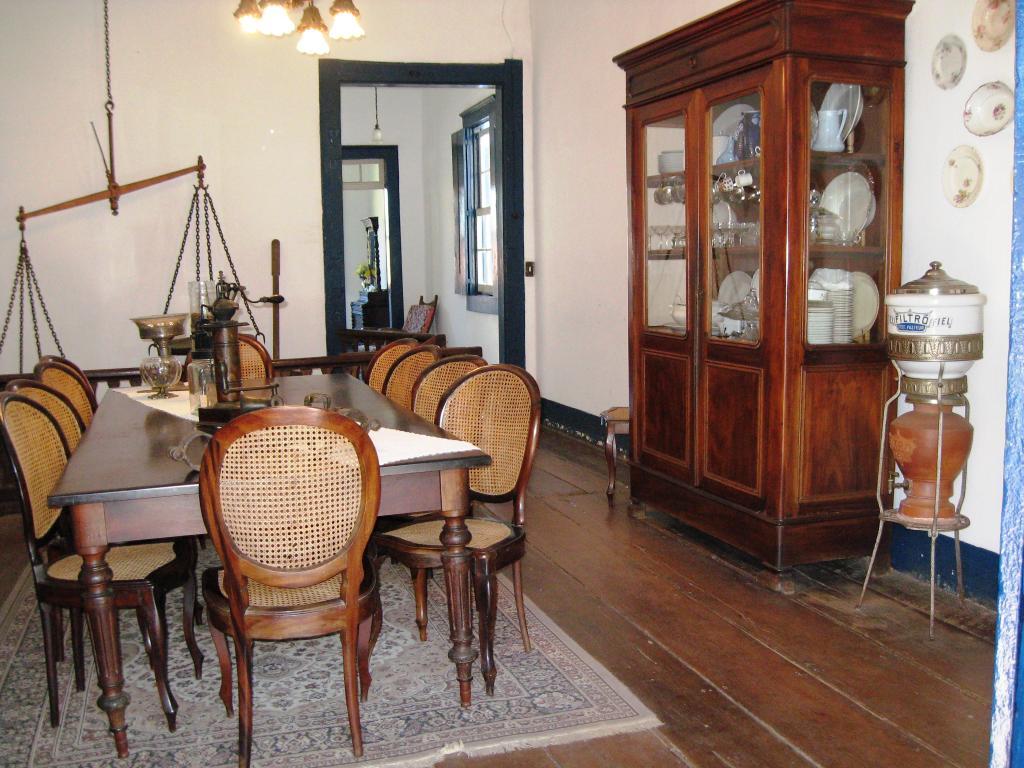 Sala De Jantar Usada Antiga ~ FAZENDA ITACOATIARA, NOITE DE 21 DE AGOSTO DE 1822  PENSANDO BEM