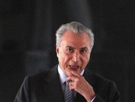 MICHEL TEMER DE BOCA ABERTA
