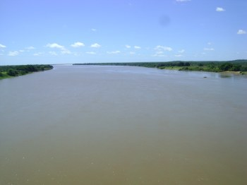 O belíssimo rio Parnaíba, no Piauí. Ele tem muita história que dormem em suas águas e suas margens...