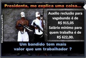 Não é a Vovozona, mas toda a Casa Legislativa Brasileira que tem de prestar contas deste absurdo a nós, que votamos.