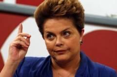 """""""Olha aqui! Eu sou brasileira. Também fui às ruas no meu tempo. Vocês não podem esquecer disto."""""""