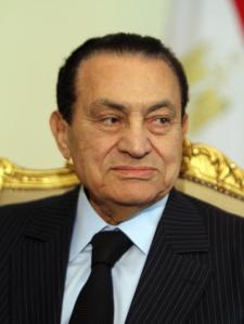 Mubarak, o que foi pro buraco.