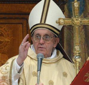 Com coragem e clareza, ele acerta o calo dos polititicas brasileiros. Parabéns, Papa Francisco!