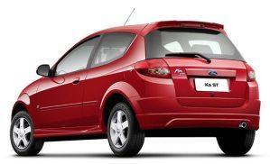 O Ford K e o Celta são automóveis populares feitos de plástico até na carroceria.