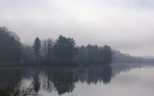 Dias nublados são como nossas almas pensativas ou tristes...