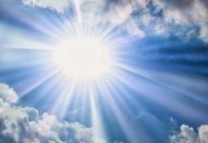 É assim, esfuziante, que o Sol se apresenta no Centro-Oeste, quando a chuva se vai.