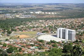 Eis Senador Canedo. Menorque o bairro do Méier, no Rio de Janeiro. Mas o sumidouro de dinheiro público alí é de espantar até o diabo em pessoa.