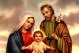 Faltam os oito irmãos de Jesus nesta Família. Afinal, eles nasceram do mesmo ventre.