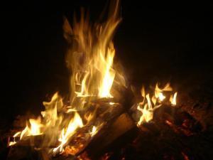 Era sempre ao redor de uma fogueira que Yehoshua proferia seus mais belos ensinamentos.