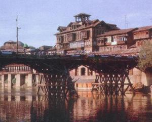 Na velha Caxemira fazia frio quase sempre.