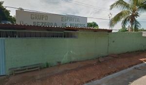 Eis o Centro Espírita Bezerra de Menezes, na Rua Manágua, s/nº - Aparecida de Goiânia.