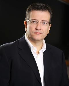 Cientista Político Carlos Melo.