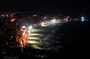 O Bairro do Leblon, à noite, no Rio de Janeiro.