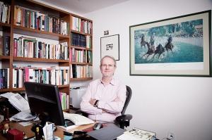 Adalberto Cardoso - diretor  do Instituto de Estudos Sociais e Políticos da UER (foto da Folha)J.