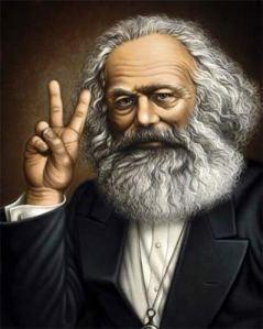 """Karl Marx: """"Há dois ferros para vocês. A social-Democracia e o Socialismo. Ambos não prestam. Escolham!"""""""