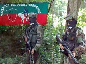 Eis uma foto do Exército do Povo Paraguaio. Este ideal não é delírio meu. É um objetivo tenaz do Comunismo mundial.