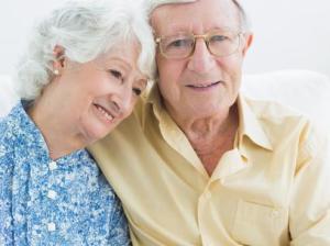 No íntimo, todos querem chegar à velhice junto com alguém. Mas está cada vez mais difícil...