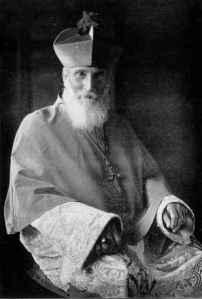 Charles Webster Leadbeater, bispo católico que foi expoente da Teosofia em parceria com Mme. H. P. Blavatsky.