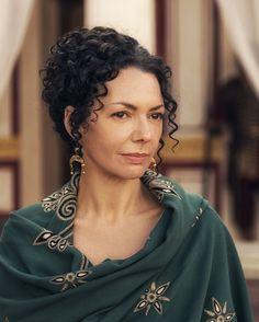 Nenhuma atriz possui a beleza suave da romana Cláudia Prócula. Ela era suave no trato e belíssima no corpo e nas maneiras de se comportar.
