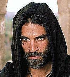 Yehudhah não gostava dos rabis e sua fé em que Yehoshua viesse a levar o povo a se rebelar estava cada vez mais fraca e confusa.