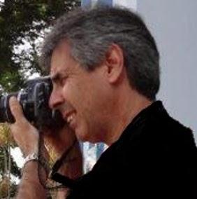Um artista com uma câmera com a qual ele capta o que os olhos comuns não enxergam. Ele é Marcos Estrella.